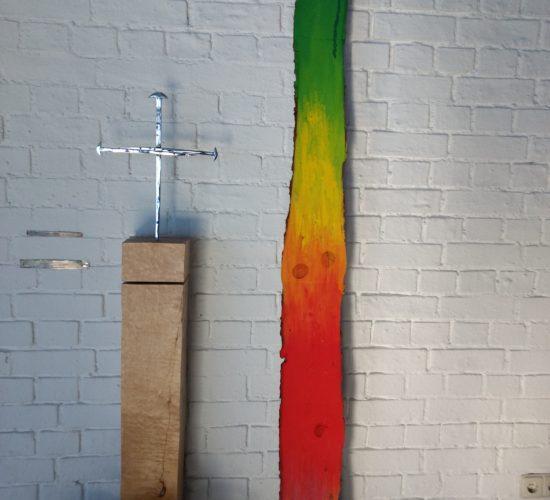 Kapelle Josefstal Innenansicht. Nagelkreuz von Coventry